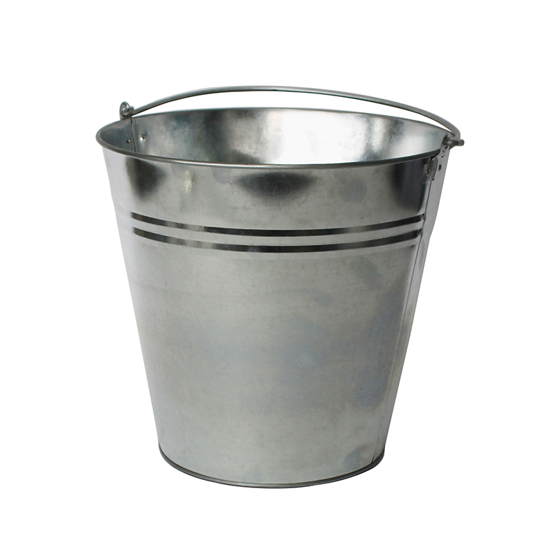Houseables 4 gallon Galvanized Buckets