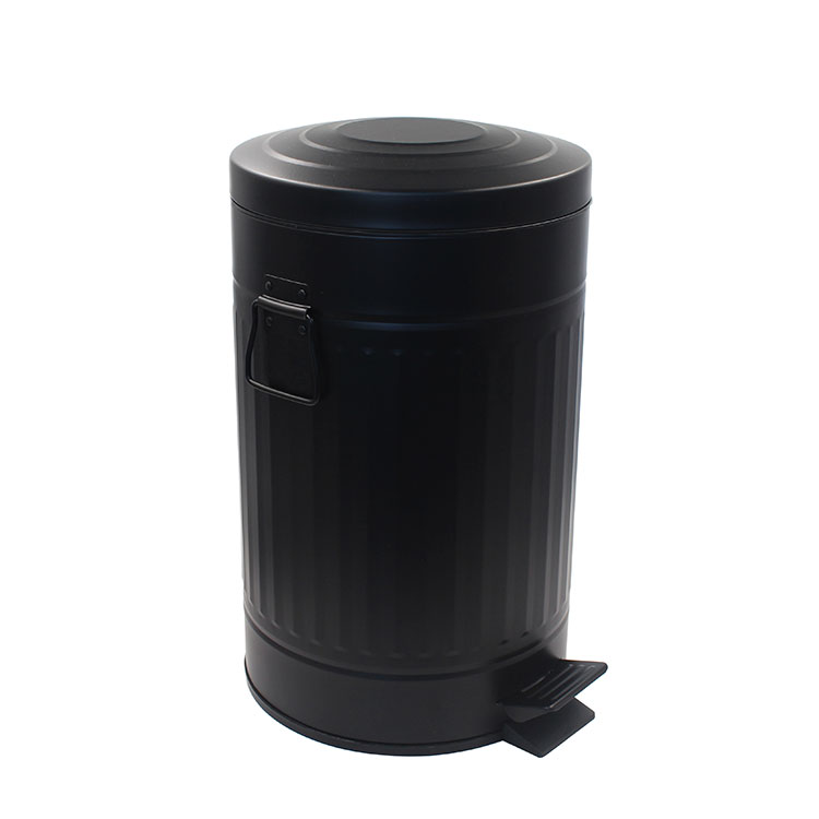 Large Capacity Removable Plastic Inner Galvanized Metal Step Trash Can